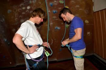 Dokončení kurzu - lezení na umělé stěně pro dospělé